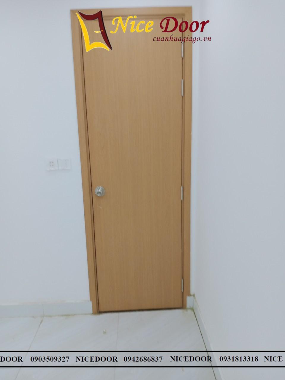 cửa-nhựa-giả-gỗ
